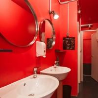 3--maSinist-bathroom